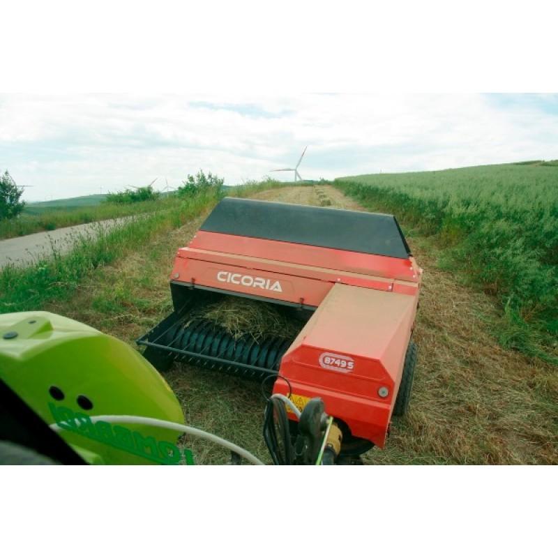 Тюковые пресс – подборщики Cicoria для формирования маленького тюка (Италия)