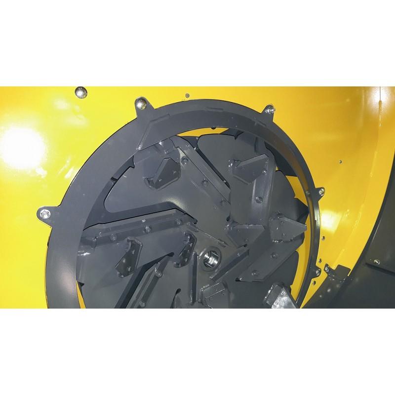 Измельчитель-выдуватель, раздатчик рулонов сена, соломы серии «Rotor Cutter 1800» (ELHO, Финляндия)