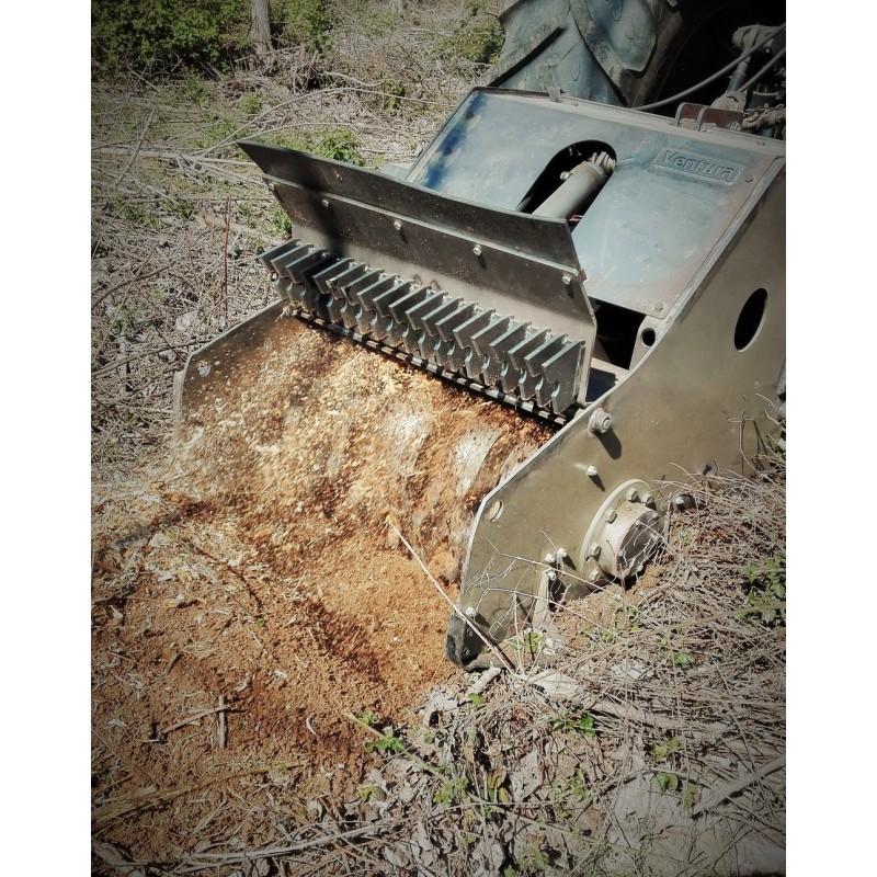 Лесной мульчер (измельчитель пней) Deconditioner (Ventura, Испания)